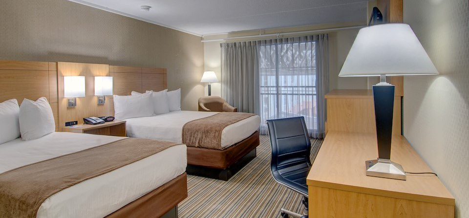 Marlborough Hotel Accommodations - King Bed